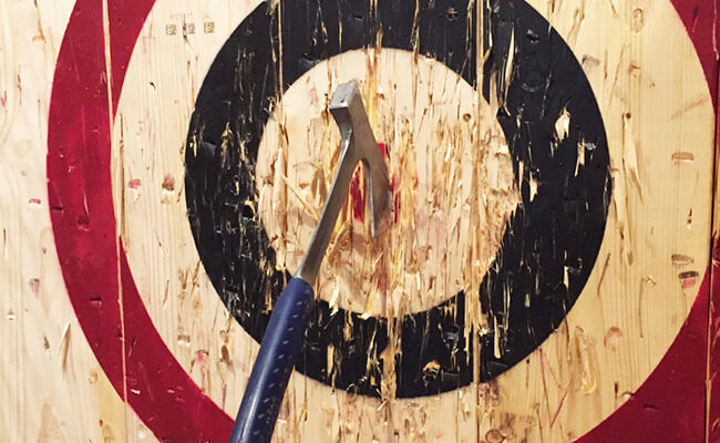 three reasons why we believe you should join an axe throwing league